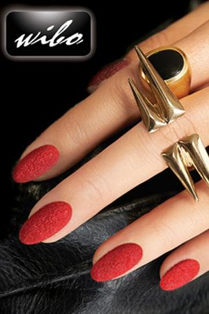 Wild thing - welwetowy manicure